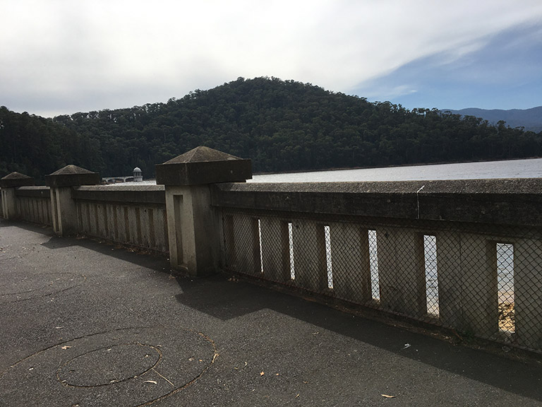 Maroondah Reservoir dam wall and concrete barrier